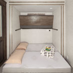 Versa-Queen as a queen bed with the above bunk flipped up May Show Optional Features. Features and Options Subject to Change Without Notice.