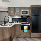 Salem kitchen's feature an 11 CU FT Frost Free refrigerator, XL window, TONS of cabinet storage, and stainless steel roll-up sink cover. May Show Optional Features. Features and Options Subject to Change Without Notice.