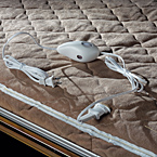 Heated Mattress (Std. Opt. NA T21DMHW) May Show Optional Features. Features and Options Subject to Change Without Notice.